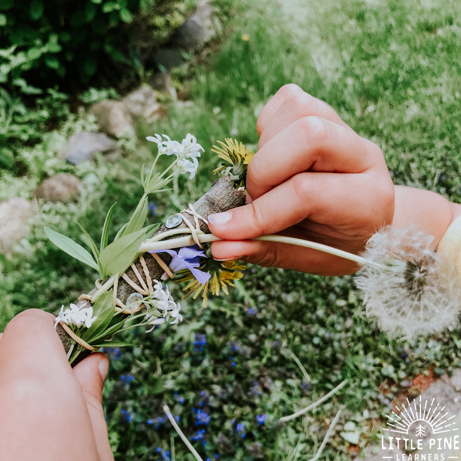 Practice gratitude with this simple and beautiful nature wand made of dandelions and flowers. This will become a new spring tradition that you and your child will love!