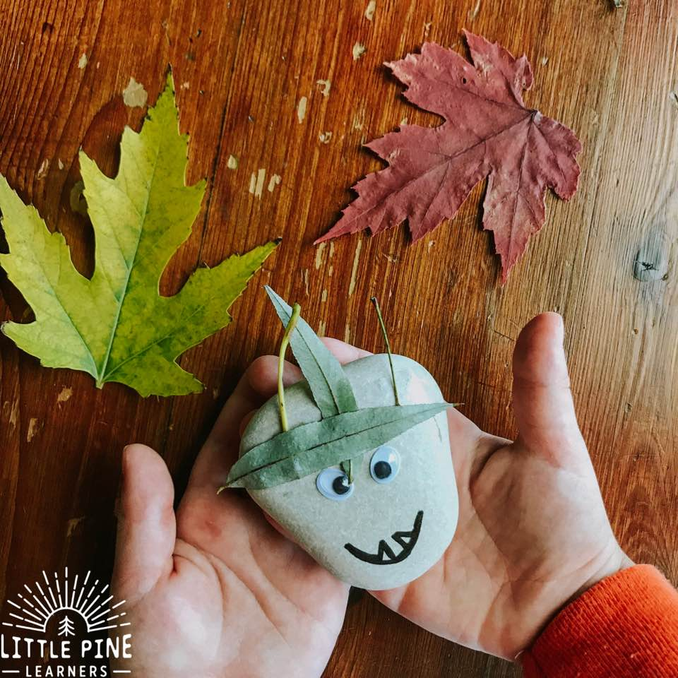 Here is an easy leafy monster rock craft idea for Halloween. This is a great non-scary idea, and uses natural materials which you probably already have right in your yard or nature collection!