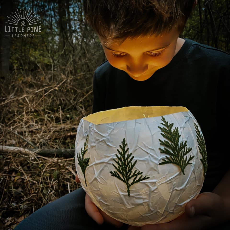 A beautiful DIY Christmas lantern!