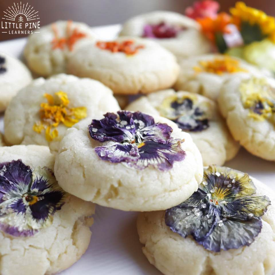 A gorgeous way to bake with nature!